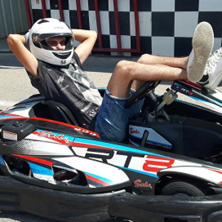 Image bloc de contenu 4 | Venez fêter votre EVG / EVJF au Karting Le Rove
